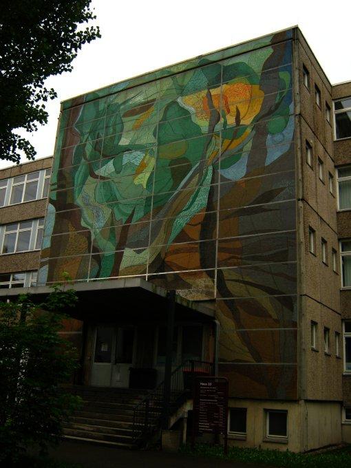 sozialistische_kunst-st.georg-krkhs-leipzig_ikl959.com